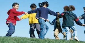 kids_playing_2